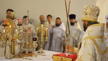 俄罗斯东正教大教堂。内政、 图标、 蜡烛、 生活. — 图库视频影像