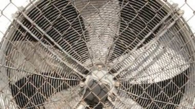 Industrial air-conditioning, fan blades — Stock Video