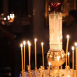 Wax candles in the church. The Russian Orthodox Church - Foto Stock