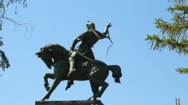 Monument van salavat yulaev in ufa, Basjkirostan — Stockvideo