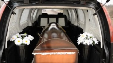 The coffin in a hearse — Stock Video