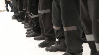 Prisoners on a walk — Stock Video
