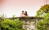 Lovely couple on the bridge2 — Foto Stock