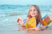 Sea vacation happiness — Stock Photo