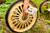 Rusted wheel of vintage bicycle — Stock Photo