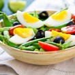 Green bewith Snap peand egg salad — Stock Photo #40860707