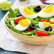Green bewith Snap peand egg salad — Stock fotografie #40860753
