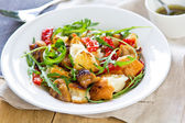 Chicken with  salad — Stockfoto