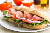 Prosciutto sandwich — Stockfoto