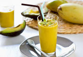Avocado and Mango smoothie — Foto Stock