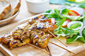 Grilled chicken skewer with salad — Stock Photo