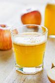 Fresh Apple juice — Stock Photo