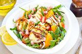 Halloumi with Orange and Rocket salad — Stock Photo