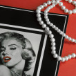 Card with marilyn monroe portret — Stock Photo #12408178