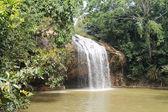 Piękny wodospad — Zdjęcie stockowe