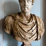 Bust of an ancient Roman emperor Antoninus Pius — Stock Photo