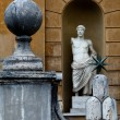 Ancient statue decorating the entrance to the Vatican Museums — Stock Photo