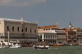 Dogenpaleis in venetië, italië — Stockfoto