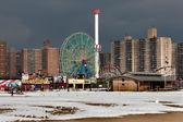 Pláže coney island v brooklynu, new york — Stock fotografie