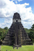 Temple of the Great Jaguar in Tikal — Stock Photo