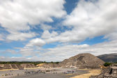 Pirâmide da lua em teotihuacan, México. — Fotografia Stock