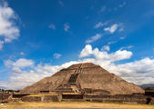 Pyramid of the Sun in Teotihuacan, Mexico. — Stock Photo