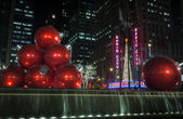 Giant Christmas ornaments in NYC — Stock Photo