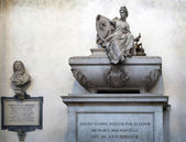 Niccolo Machiavelli's tomb in the Basilica of Santa Croce, Flore — Foto Stock