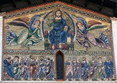 Mosaic on the facade of the Basilica of San Frediano — Stock Photo