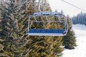 Ski lift with chairs — 图库照片