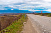Polna droga w serbii obszarów wiejskich — Zdjęcie stockowe