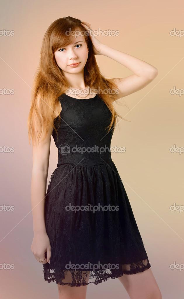 穿裙子的女孩