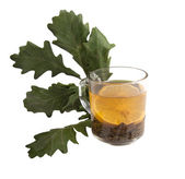 Herbata w glasscup z liści — Zdjęcie stockowe