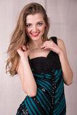 Girl in a beautiful evening dress — Zdjęcie stockowe