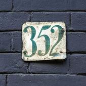 Nr. 352 — Stock Photo