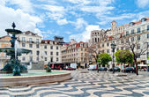 Fountain on Rossio Square in Lisbon, Portugal — Foto de Stock