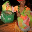 Cuban dancer collect money after show — Stock Photo #26177147