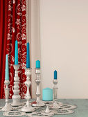 The decor of the candles and curtains — Stock fotografie