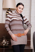 Attractive woman wearing stylish sweater — 图库照片