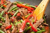 Cocina deliciosa carne, frijol, salteado de pimiento — Foto de Stock