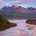 Alaskan Mountain River — Stock Photo