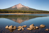 Mt Mcloughlin Alpine Lake Oregon State Wilderness USA — Stock Photo