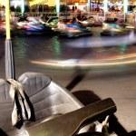 un vehículo se encuentra sin usar en autos chocadores en la feria — Foto de Stock