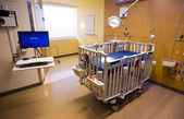 Medical Inspection Light Shines Down Bed Childrens Hospital Room — Stock Photo
