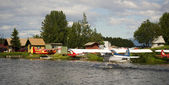 Seaplane Taxis into Lake Hood Ted Stevens National Airport Anchorage — Stock Photo