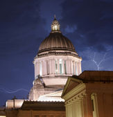 Thunderstorm Produces Rain Thuder Lightning Strikes Capital Dome — Stock Photo
