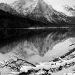 Sawtooth Mountain Lake Deep Winter Landscape Idaho National Recreational Area — Stock Photo #34970783