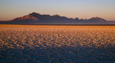 Sunset Bonneville Salt Flats Utah Silver Island Mountain Range — Stock Photo