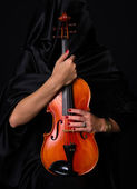 Female Violinist Holds Bow Across Saturated Musical Violin Acoustic Instrument — Stock Photo