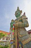 本机的泰式风格的巨型雕像 — 图库照片